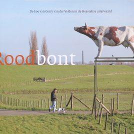 <em>Roodbont: de koe van Gerry van der Velden in de Heesseltse uiterwaard</em>